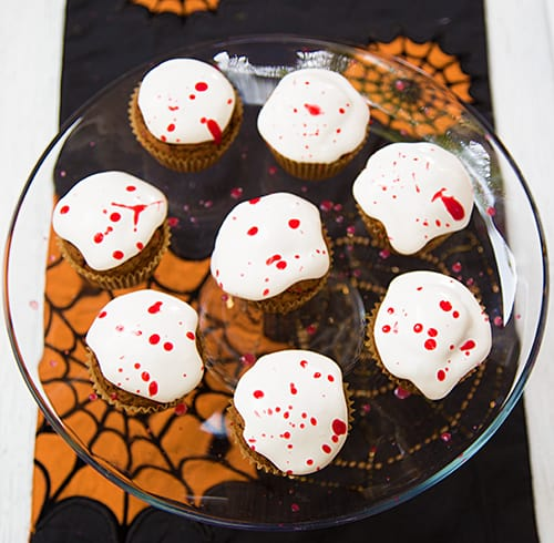 blood-splatter-cupcakes-web3