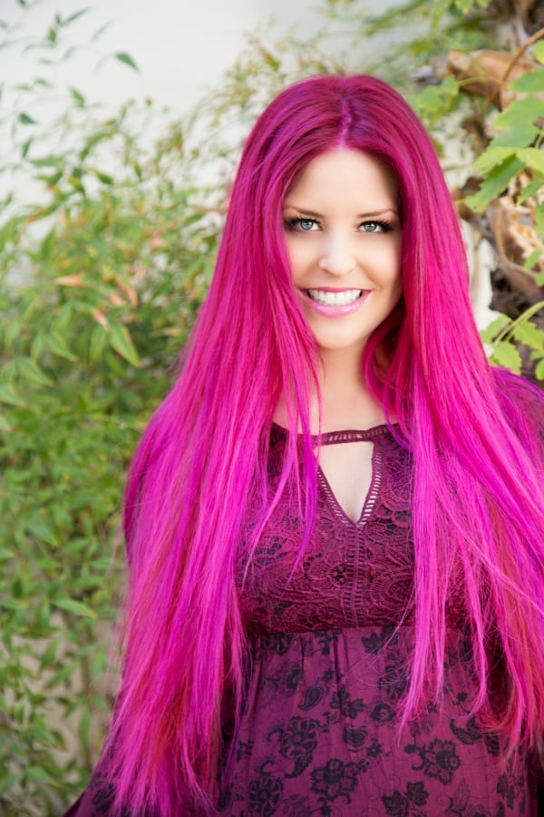 Ashley Long pinkhair dermae LR3-1