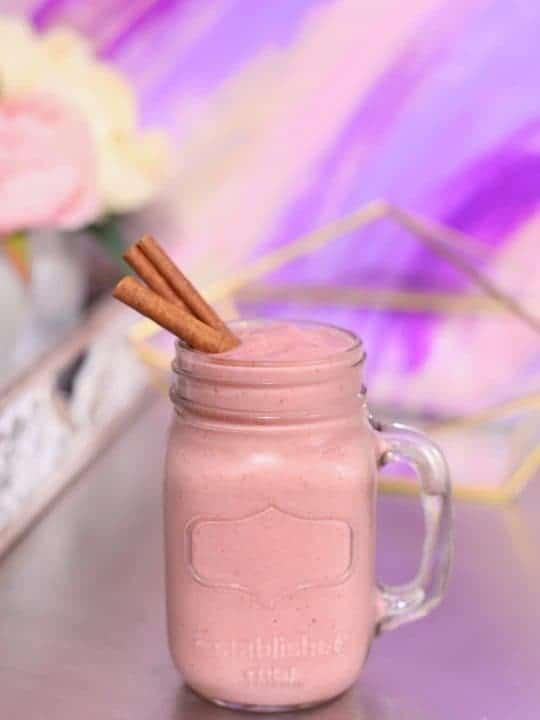 strawberry rhubarb smoothie