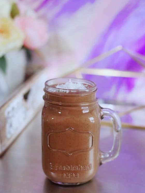 Almond Joy Smoothie that tastes just like the candy bar! Vegan and refined sugar-free.